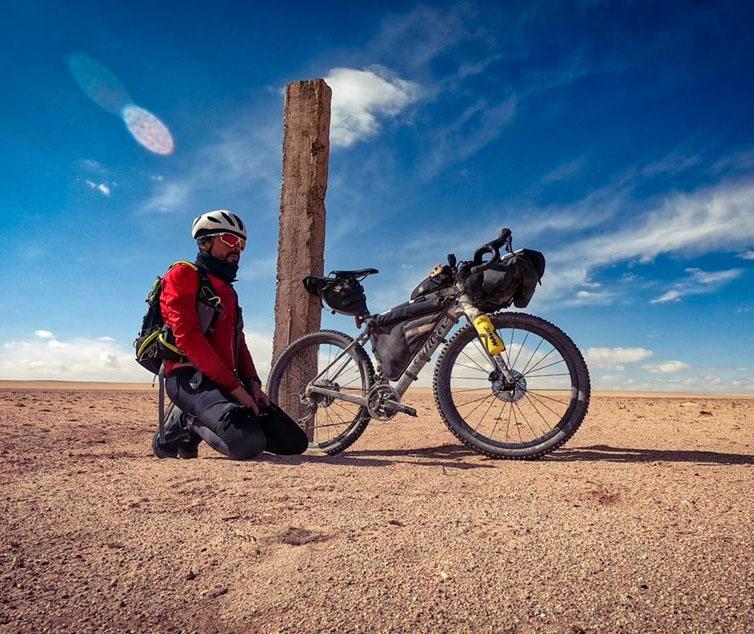 Di Felice, Omar, deserto, Gobi, Mongolia, bloccato, coronavirus, sfida, ciclismo, avventura