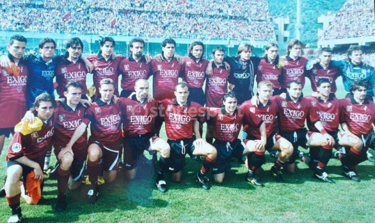 Foto di gruppo della Salernitana 1998
