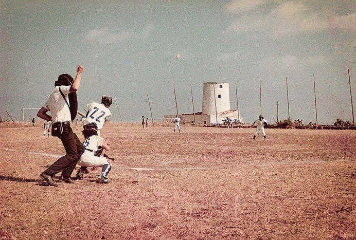 Il campo da baseball a Ustica